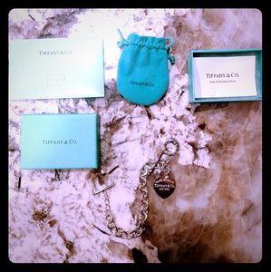Tiffany & Co. Return to Tiffany Heart Toggle